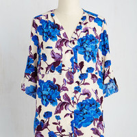 Darling Mid-length 3 All Eyes on Glee Top in Floral