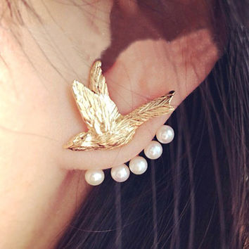 Flying Bird and Pearl Wrapping Ear Cuff (Single, 1 Piercing)