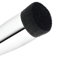 196 Slanted Flat Top Foundation Brush | MAC Cosmetics - Official Site