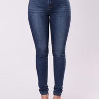 Hard To Let Go Jeans - Dark Stone Wash
