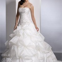 Extravagant Sweetheart Neckline Natural Waist Ruffles Organza Ball Gown Wedding Dress WD1958