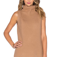 Vince Directional Rib Sleeveless Turtleneck Sweater in Almond