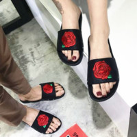 Big Rose embroidered slippers word dragons couple beach shoes flip flop