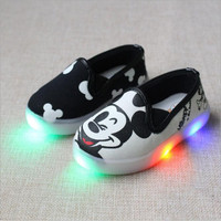 NEW HOT Very Cute Mickey Mouse Baby Toddler Kids Led Lights Baby Shoes UNISEX