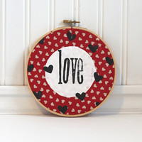 hand stamped painted embroidery hoop wall decoration for photo collage