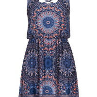 Medallion Print Crisscross Back Dress - Blue Jasmine Combo