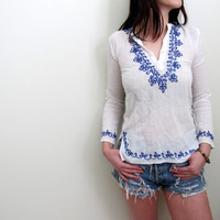 Vintage Peasant Blouse Shirt Gypsy Prairie White Mexican Floral See Through Embroidered