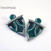 Big emerald shield earrings