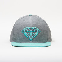 Brilliant Snapback Hat in Grey/Diamond Blue