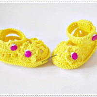 Crochet baby shoes Baby shoes Baby booties Baby shawor gift Baby girl shoes Photo prop