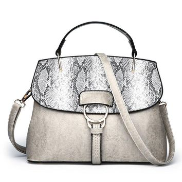 Wild Messenger Snakeskin Shell Shell Oil Wax Shoulder Bag Shoulder Handbags