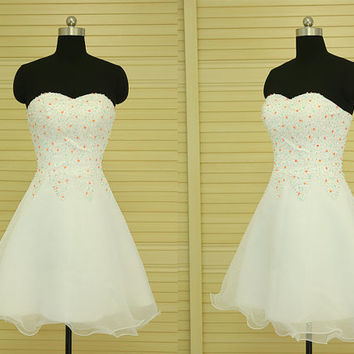 Simple sweetheart A-line prom dress,short prom dress,white prom dress with beading top,junior bridesmaid dress,cocktail party dress DP008