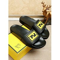 Fendi 2019 new men's casual outdoor sports beach sandals black+yellow
