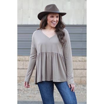 {Taupe} Brushed Microfleece Relaxed Peplum Blouse