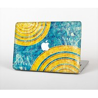 """The Scratched Blue and Gold Surface Skin Set for the Apple MacBook Pro 13"""" with Retina Display"""