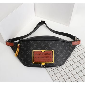 LV Louis Vuitton MONOGRAM CANVAS DISCOVERY BUMBAG CHEST BAG WAIST PACK CROSS BODY BAG