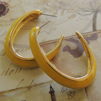 Vintage  Hoop Earrings,  Yellow Hoop Earrings, Pierced earrings, 1980s Earrings, vintage earrings, Vintage Jewelry