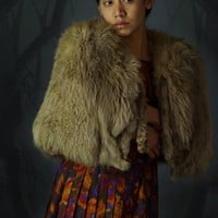 Vintage grunge mid century fox cape / thick warm fur stole with feet and legs / fluffy light brown pelts