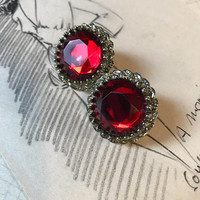 Dazzling Vintage 1950s Glamour Red Gem Sparkling Holiday Party Earrings