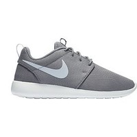 Nike Women's Roshe One Shoes | DICK'S Sporting GoodsProposition 65 warning iconProposition 65 warning icon