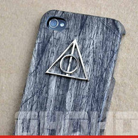 Deathly Hallows Pendant Iphone Case 4, 4S, Harry Potter Case Cover  for Iphone, Wooden Iphone Case, Iphone 4 case, Iphone 4S case, Hard Case
