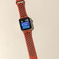 LMFON2D Apple Watch Series 3 Silver Aluminum 42mm GPS With Red/Black Band