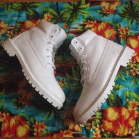 White Timberland Boots (Mens sizes)