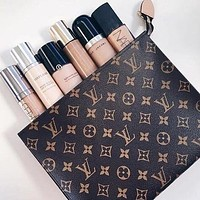 LV Woman Men MAKEUP Bag Handbag  Print
