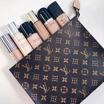 Fanewants / Louis Vuitton Woman Men MAKEUP Bag Handbag LV Print