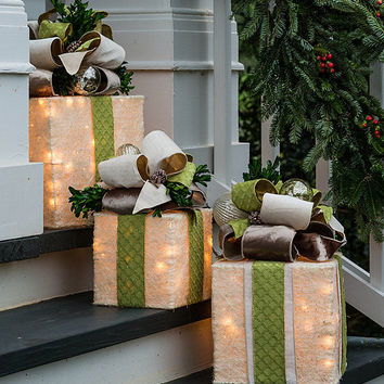 Southern Living Pre Lit Present Holiday From Dillard S The