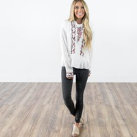 Soul Embroidered Top in Ivory