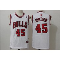 Chicago Bulls 45 Jordan Retro Swingman Jersey