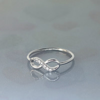 Perfect INFINITE / INFINITY ring /The best quality in white gold