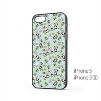 Cows And Dogs iPhone 5 / 5s Case