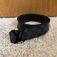 Louis Vuittons belt men 34