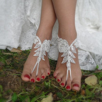 beach wedding,bridal shoes,ivory lace bridal anklet