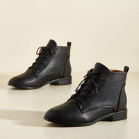 Endlessly Essential Boot in Black