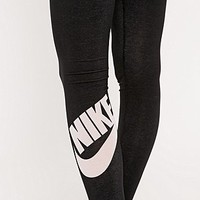 Nike Leg-A-See Logo Leggings in Black - Urban Outfitters