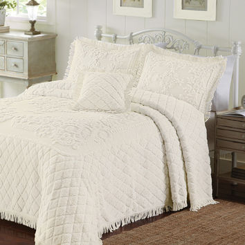 Full size 100-percent Cotton Ecru Beige Chenille Bedspread with Vintage Style Fringed Edges