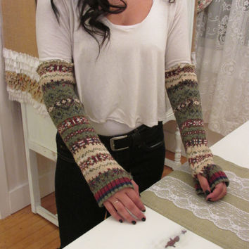 Darling Vintage Winter Sweater, made into Fingerless Gloves. Steampunk, Bohemian style, Gypsy style, Hippie Clothes