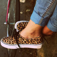 """Vans"" Leopard Print Canvas Leisure Sneaker"