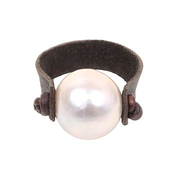 Leather Pearl Ring   Freshwater