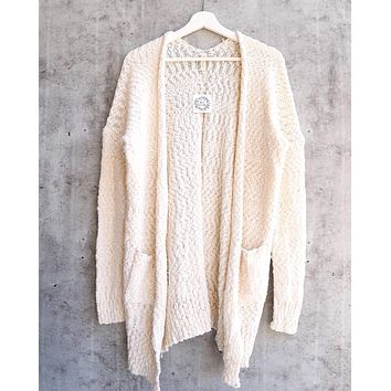 Final Sale - Fuzzy Popcorn Yarn Front Pocketed Open Cardigan in Ivory