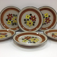 1970s Vintage Plates Daisy Vale JCPenney by vintage19something
