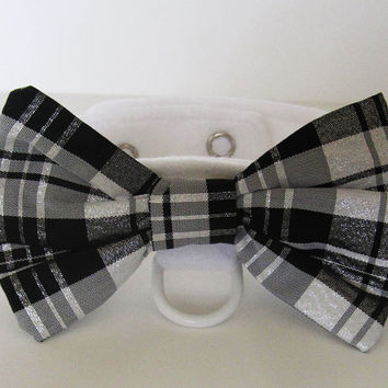 Dog or Cat Bow Tie: Wedding White felt with snaps and white d-ring