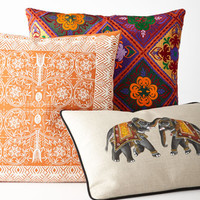 Baramati Pillows