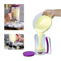 900ml Pancakes Muffin Cupcakes Pastry Jug Plastic Practical Cake Cooking Tools Kitchen Accessories Batter Dispenser Baking Tool H11031 Home Decor (Color: Purple & Transparent) = 1652572164