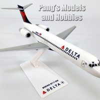 Boeing 717 (717-100) Delta Airlines 1/200 Scale Plastic Model by Flight Miniatures