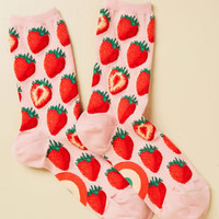 Toe-So-Sweet Socks in Strawberry