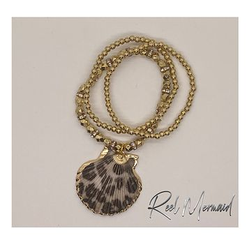 Leopard Print Scallop Shell and Gold beads Stretch bracelet